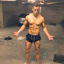 single gay men in wellington Browse and date genuine kiwi males from wellington and chat now on nz's premium online dating site for kiwis with findsomeone page 3.