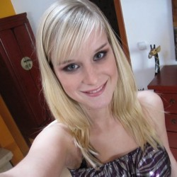 Nicole 45 lesbian dating