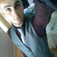 Derry Gay App | Grindr Derry | Gay Dating Apps Derry