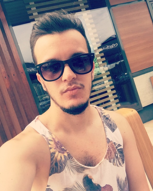 Only Lads Free Gay Dating And Gay Chat Social Network