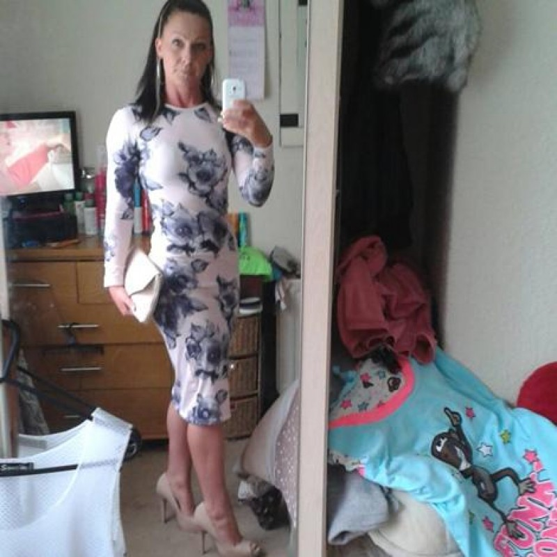wigan dating services Wigan dating for the wigan single meet thousands of wigan singles through one of the best wigan online dating sites matchmakercom has great instant messenger and live video wigan chat.