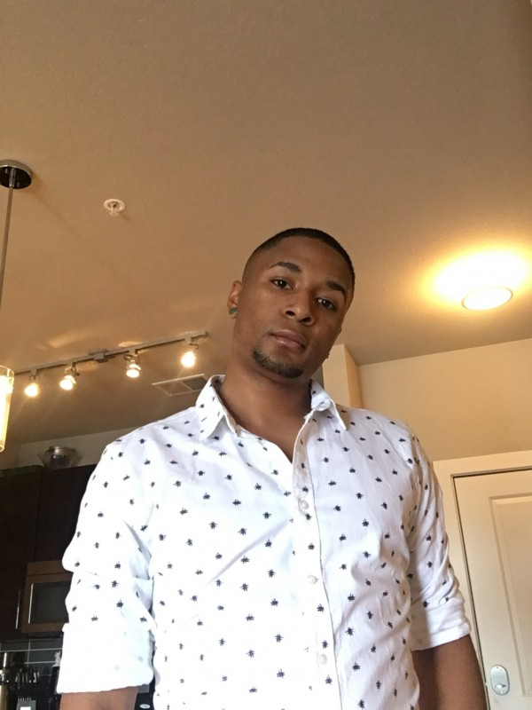 kanawha head gay singles Gaydar is one of the top dating sites for gay and bisexual men millions of guys like you, looking for friendships, dating and relationships share your interests and hobbies and gaydar will match you up.
