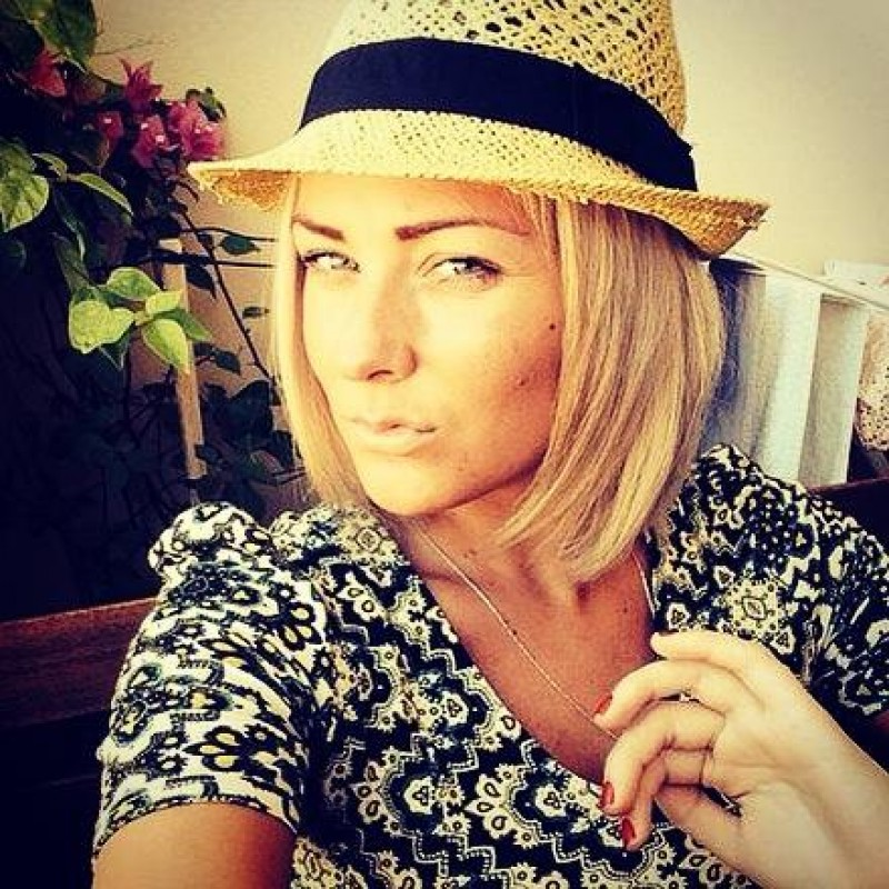 nottingham lesbian personals Lesbian dating nottingham - compare the best providers - find the right partner - online, fast and easy with datingexpertscouk.