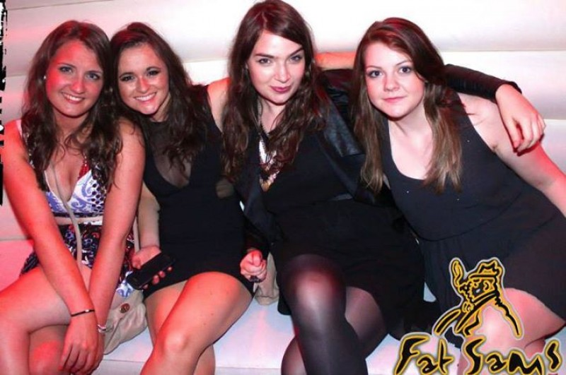 single lesbian women in dundee Like minded women find a woman that you truly connect with guardian soulmates features thousands of lesbian singles worth getting to know dating in the city.