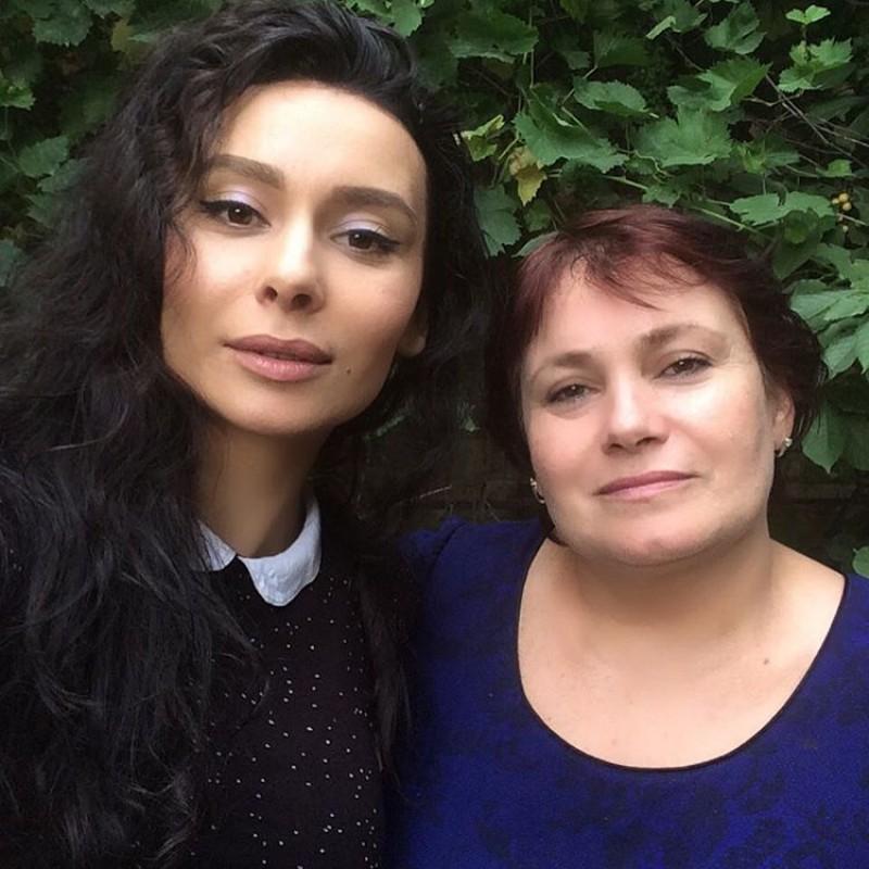 Lesbian dating london england
