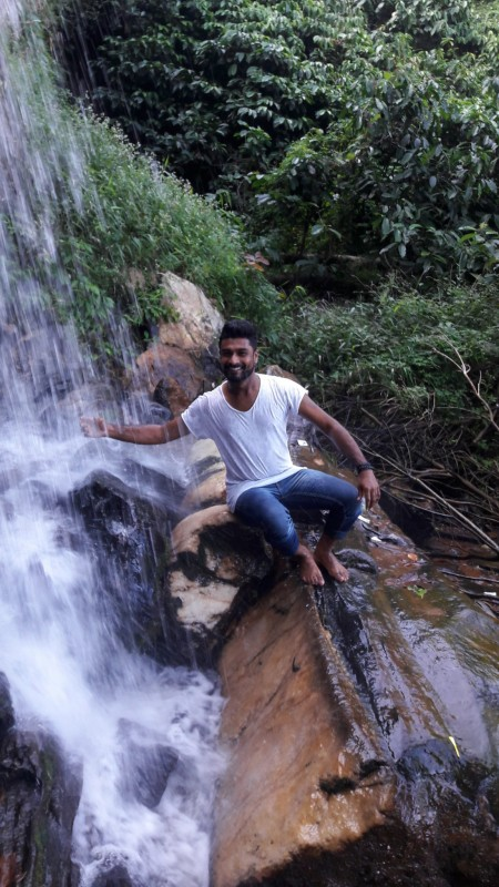 available Karnataka gay singles looking for dates with men in