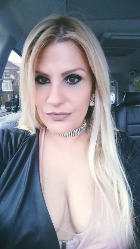 tinder dating site pictures of women