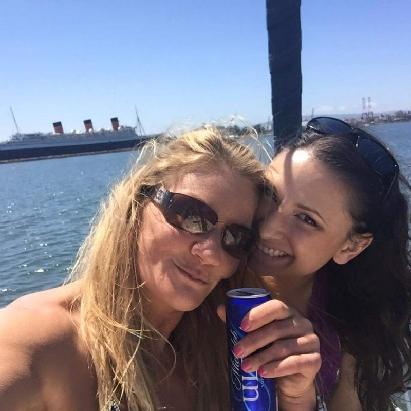 cali lesbian personals Known as one of the most popular lesbian dating apps on the market, with over 2  million users in 55 countries, according to the company, her.