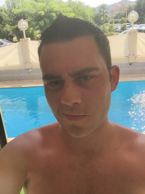 How easy is it to meet gay men in Turkey? - Quora